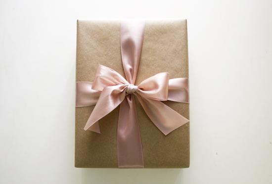 Большая подарочная коробка своими руками
