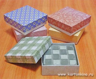 Квадратные картонные коробочки