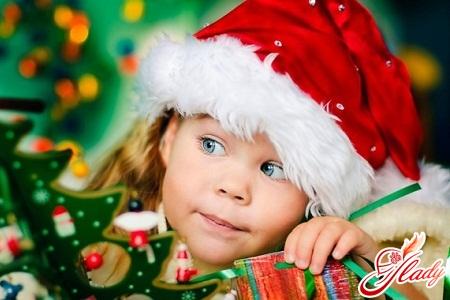 Как оформить новогоднюю открытку своими руками