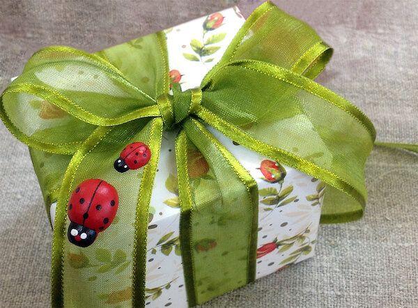 Как красиво упаковать подарок своими руками ребенку