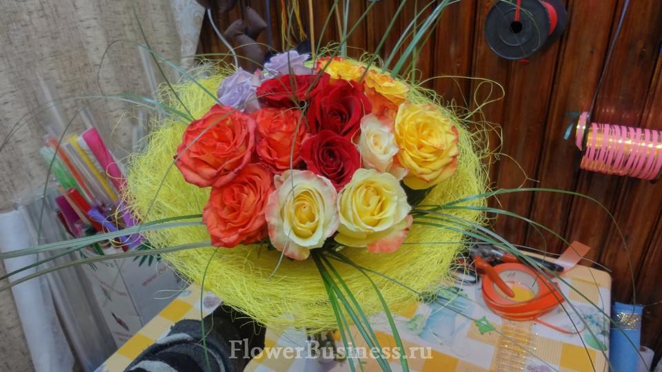 Как составить букет из цветов мастер класс